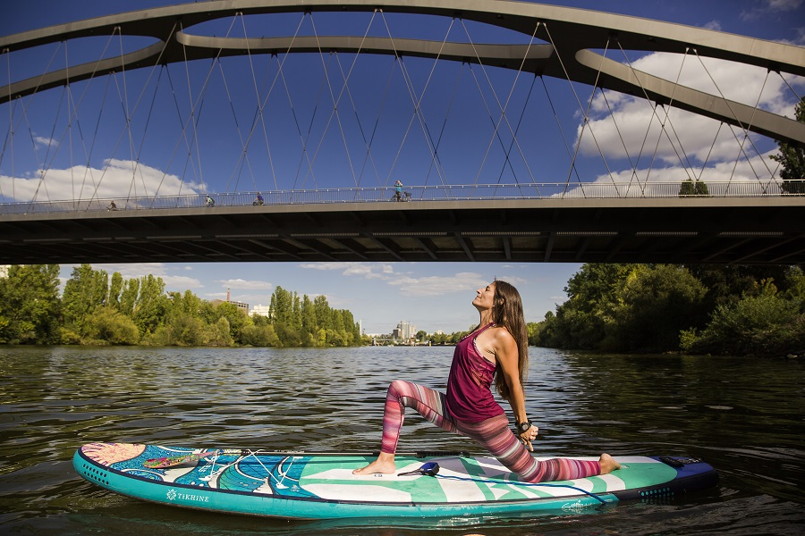 Aylin Flasdick - SUP Yoga Ambassador - Starboard SUP Team